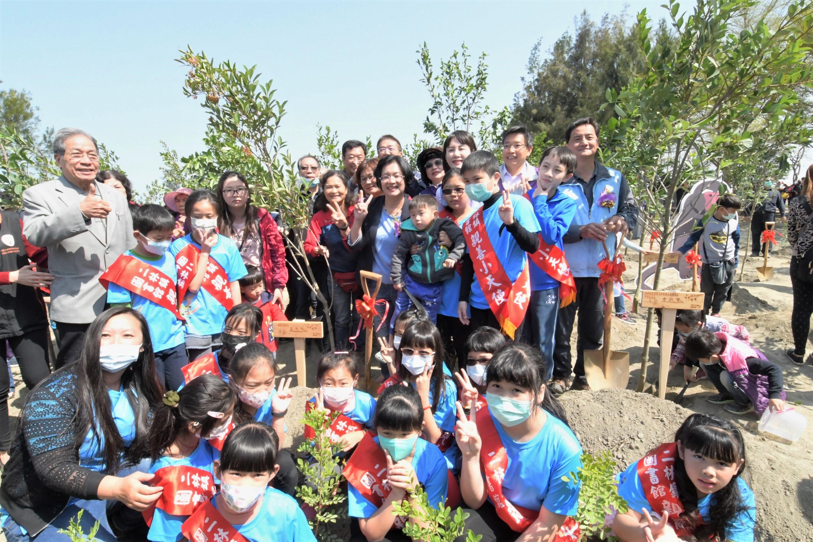 防疫深呼吸  彰化縣2020做伙植樹在二林    鼓勵大家走出戶外多種樹